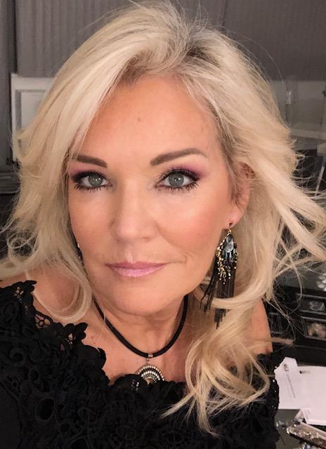 Eileen - Profile 2019